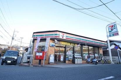 セブンイレブン横浜矢部店の画像1