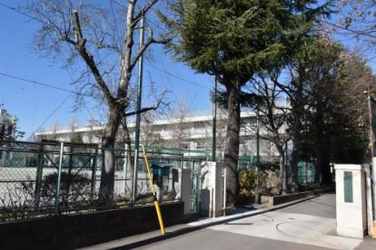 国分寺市立第三中学校の画像1