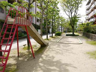 奈良三条町住宅公園の画像1
