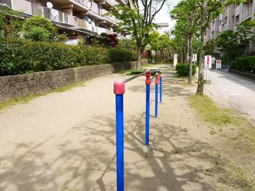 奈良三条町住宅公園の画像2
