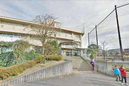 横浜市立つづきの丘小学校の画像1