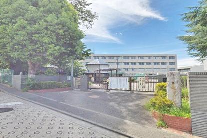 横浜市立中川小学校の画像1