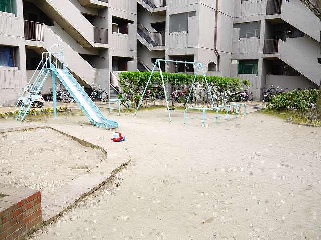 若草マンション公園の画像