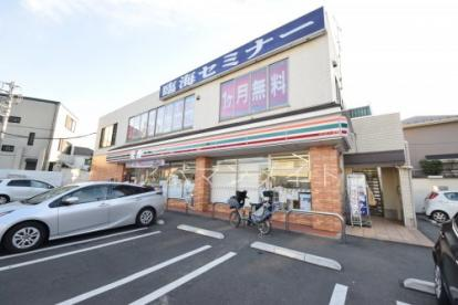 セブンイレブン横浜日の森店の画像1
