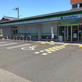 ファミリーマート 高知神田東店の画像1