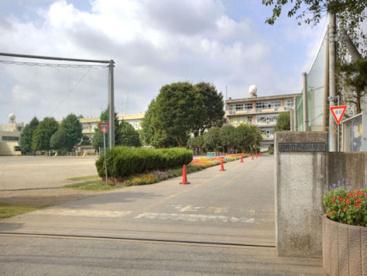柏市立 西原小学校の画像1