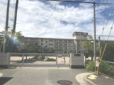 宝塚市立長尾南小学校の画像1