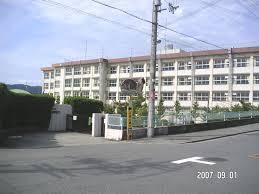 豊中市立第十一中学校の画像1