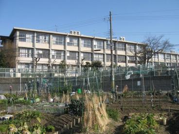 枚方市立樟葉南小学校の画像1