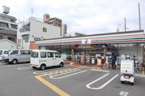 セブン-イレブン 神戸三川口町1丁目店