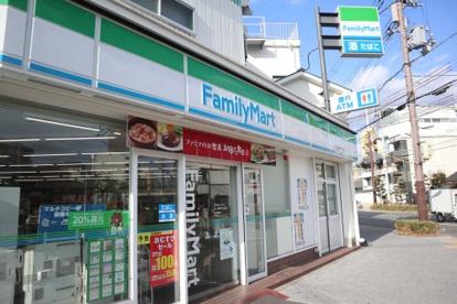 ファミリーマート井上兵庫大仏前店の画像1