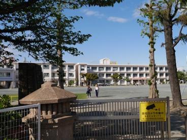 西尾市立花ノ木小学校の画像2