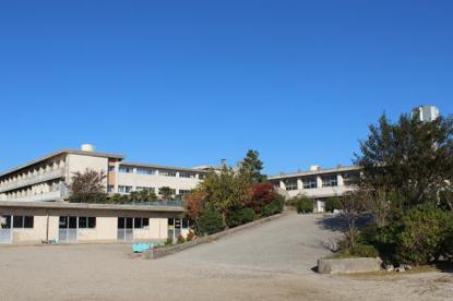 西尾市立西尾中学校の画像2