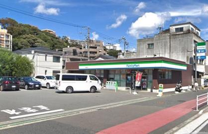 ファミリーマート 根岸駅北店の画像1