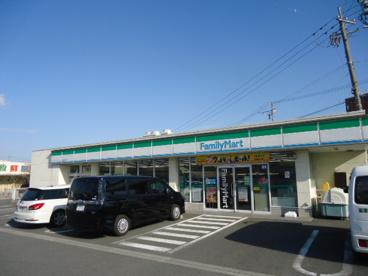 ファミリーマート島田稲荷店の画像1