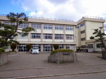 坂井東小学校の画像1