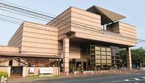 東松山市立図書館
