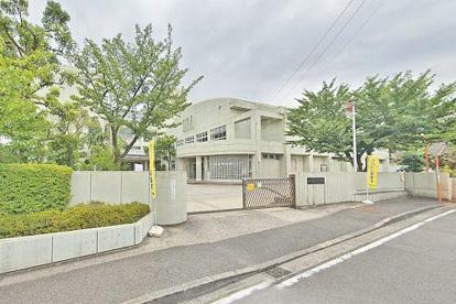 横浜市立荏田西小学校の画像1