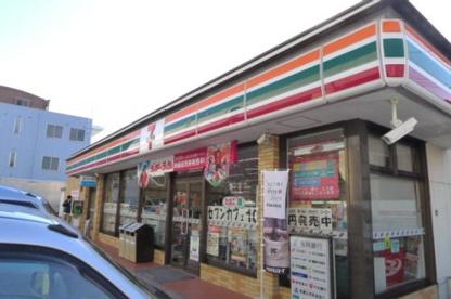 セブンイレブン 福岡福重5丁目店の画像1