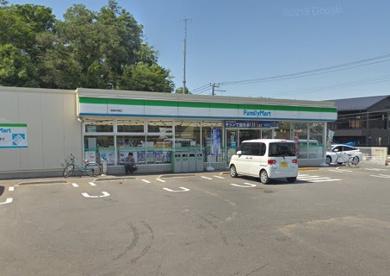ファミリーマート 清瀬中里店の画像1