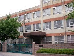 名古屋市立あずま中学校の画像1