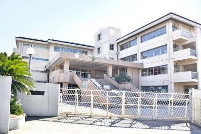 越谷市立大袋東小学校の画像1