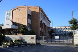 名古屋市立八幡中学校の画像1