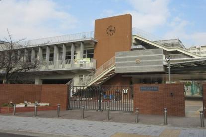 尼崎市立成良中学校の画像1