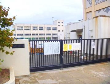 大阪市立放出小学校の画像1