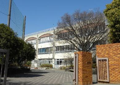 川崎市立金程中学校の画像1