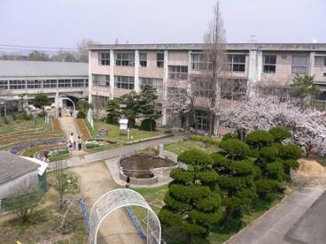 宇部市立神原小学校の画像1