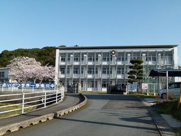 宇部市立厚東川中学校の画像1