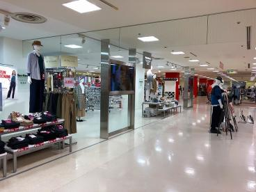 マックハウス スーパーストアフューチャー ミ・ナーラ店の画像5