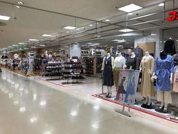 ファッションセンターしまむら ミ・ナーラ店の画像1