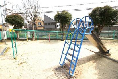 山際児童遊園の画像1