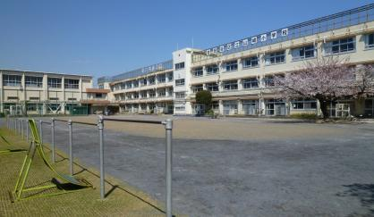 世田谷区立山崎小学校の画像1