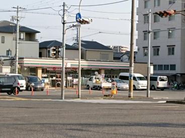 セブンイレブン 堺柳之町東1丁店の画像1