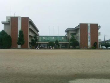 石岡中学校の画像1