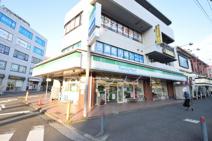 ファミリーマート東戸塚駅東口店