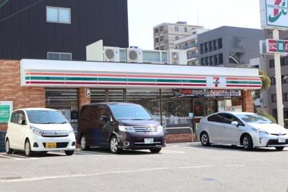 セブン-イレブン 神戸水木通5丁目店の画像1