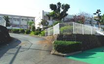 上津小学校