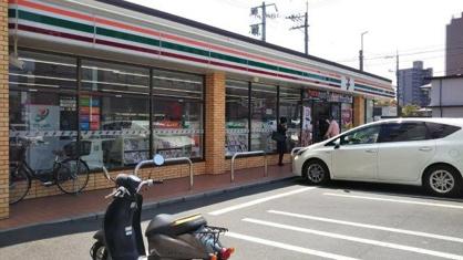 セブンイレブン 倉敷老松3丁目店の画像1