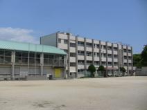 御井小学校