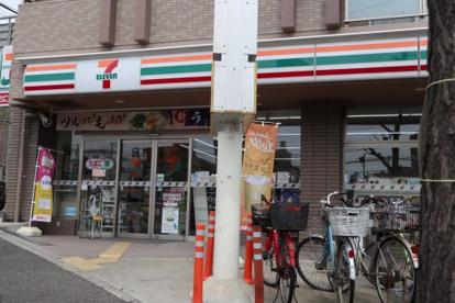セブン‐イレブン 神戸国香通2丁目店の画像1