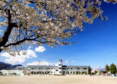 小笠原小学校の画像1