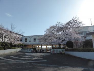 稲城市立向陽台小学校の画像1