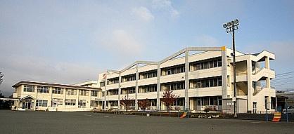 南アルプス市立大明小学校の画像1