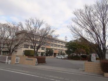 山梨県立白根高校の画像1