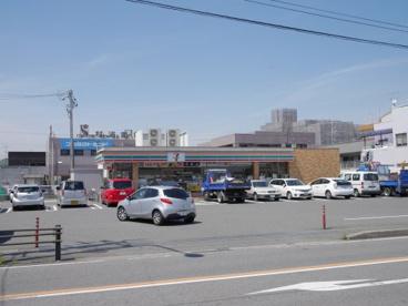 セブンイレブン 西尾寄住町店の画像1