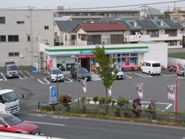 ファミリーマート 関越練馬インター店の画像1
